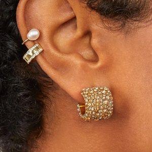 ⚡️2/$20 wide crystal huggie earrings